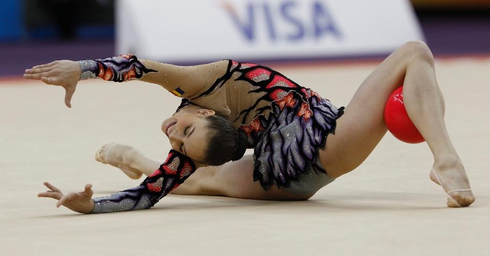ruminskie-gimnastki-golie