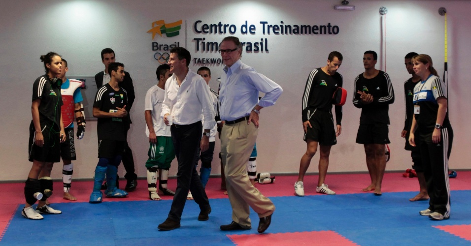Sebastian Coe, presidente do Comitê Organizador de Londres-2012, foi recebido por Carlos Arthur Nuzman no Centro Esportivo Maria Lenk, no Rio de Janeiro