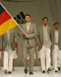 Alemanha apresenta seus uniformes olímpicos para Pequim - 30 04 2008 ... 205d1d673886d