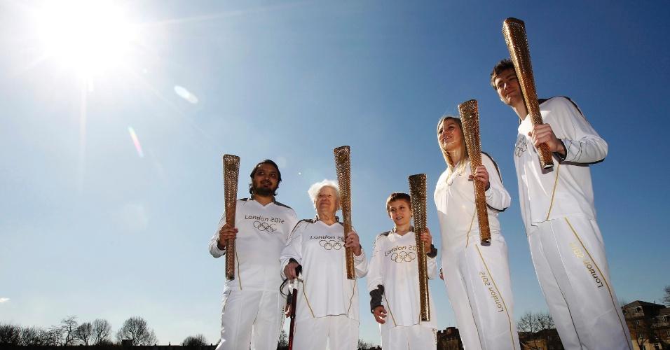 Organização dos Jogos de Londres selecionou mais de 8 mil pessoas para carregar tocha olímpica